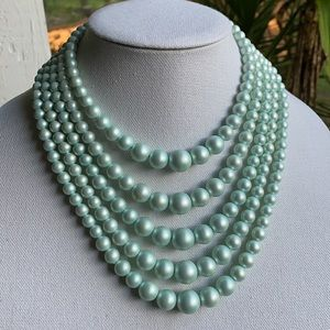 Vintage 5 strand mint green bead necklace